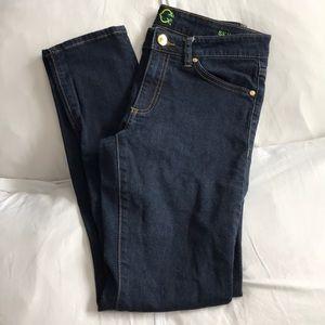 C. Wonder Skinny Jeans (Size 28 SHORT)